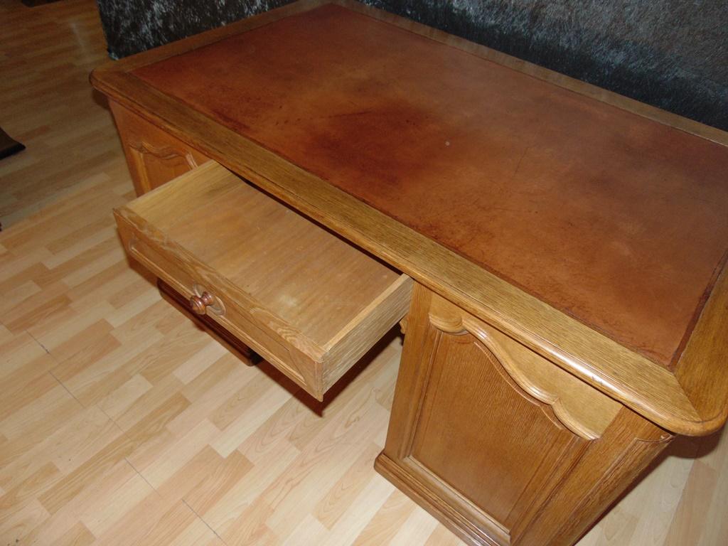 bureau double face en ch ne blond massif avec 2 tiroirs. Black Bedroom Furniture Sets. Home Design Ideas
